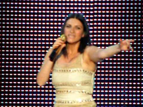 Ascolta il tuo cuore laura pausini 21 07 09 malta for Laura pausini ascolta il tuo cuore
