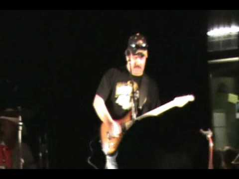 Durango Guitar Works & Garrett Valencia of The Hig...