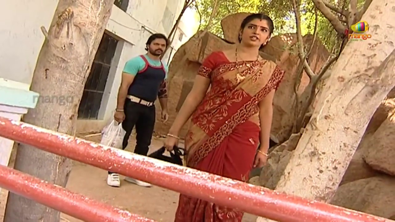 Telugu girl stripping for boyfriend in video call - 5 2