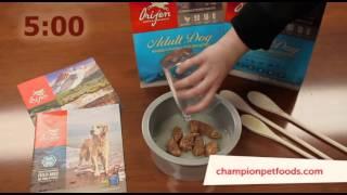 Сублимированный корм для собак Orijen Adult(Видео демонстрирует приготовление сублимированного корма для собак., 2014-03-31T09:09:04.000Z)
