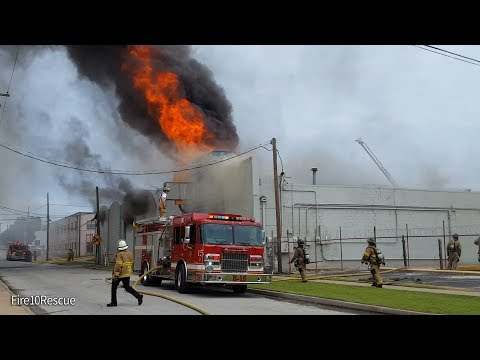 Tulsa FD Multiple Alarm Building Fire 8-15-17
