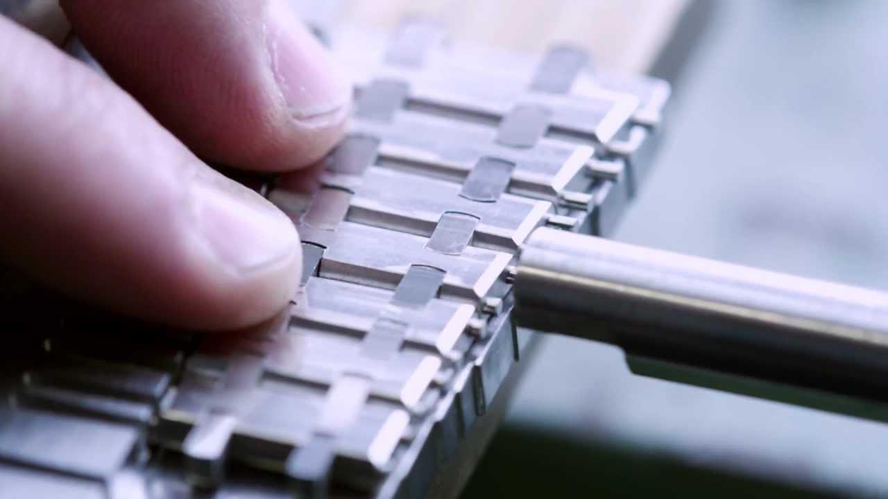 Making The Bracelet For A Royal Oak Audemars Piguet