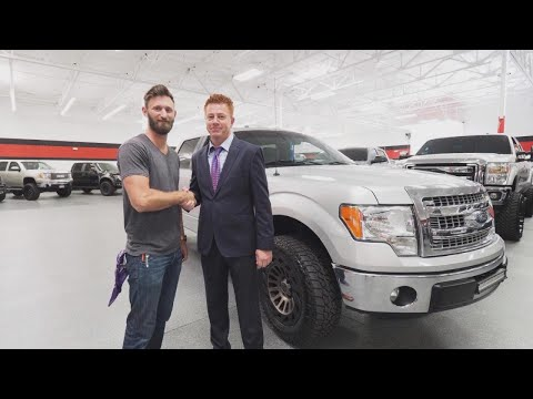 Marine Veteran Who Saved Dozens During Vegas Shooting Gets Brand New Truck