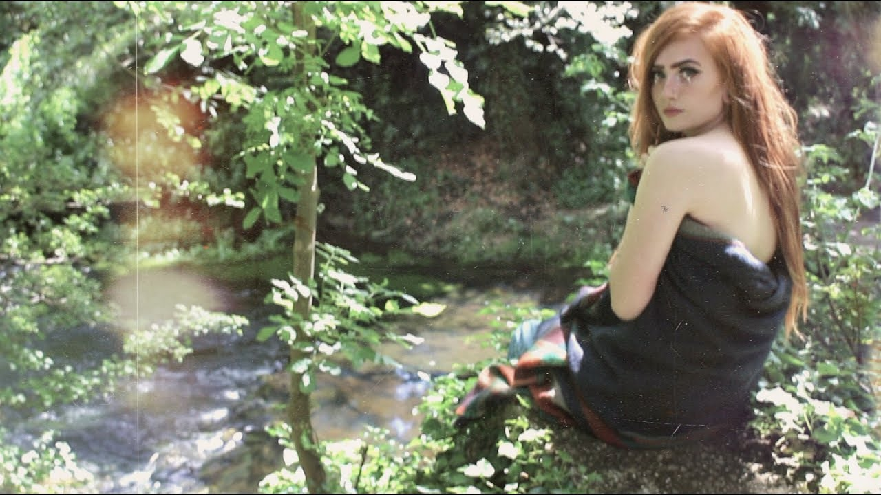 [VIDEO] - Summer Lookbook || Herbal Enchantress 6