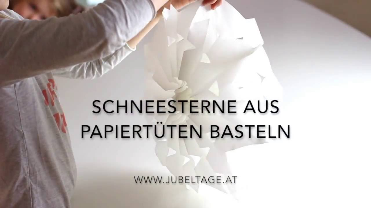 schneesterne aus papiert ten basteln youtube. Black Bedroom Furniture Sets. Home Design Ideas