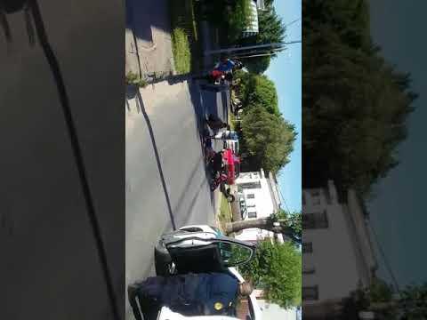 Niño de 3 años cruzó la calle sin mirar y fue embestido por una motoclista