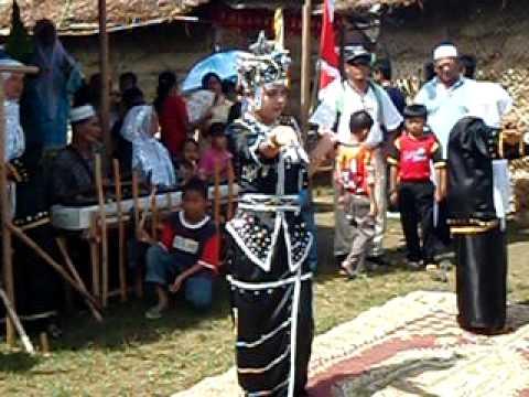 Bajau Samal Dilaut Sabah Borneo Traditional Dance