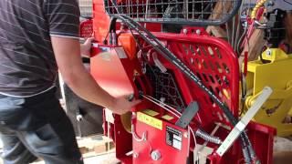 Repeat youtube video Montagevideo des Umrüstsatzes für mechanische Forstwinden auf Funksteuerung von Brey-B-Technik, 2015