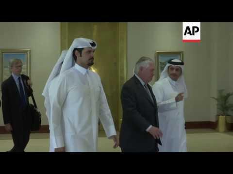 Tillerson meets Qatari counterpart in Doha