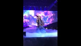 FRONT ROW Moonlight (Live in Indianapolis) - Ariana Grande Dangerous Woman Tour