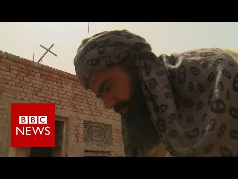Pakistani Muslims build Christian church - BBC News