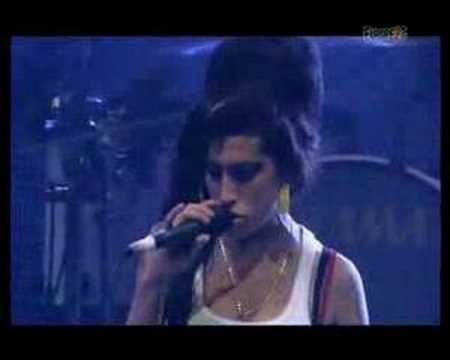 Amy Winehouse-Back To Black (live eurockeennes de Belfort)