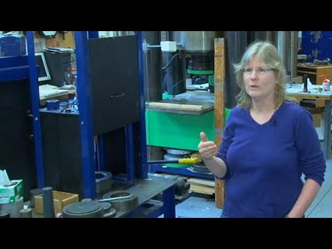 Scientist Uses HPHT Presses To Study Planet Formation