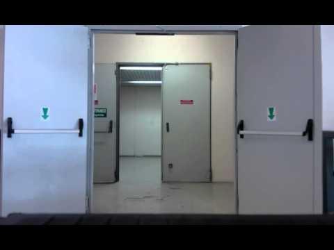 Chiusura automatica porta rei youtube for Porta rei