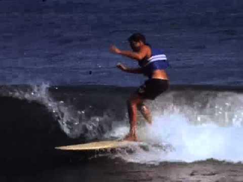 Y dora surfer