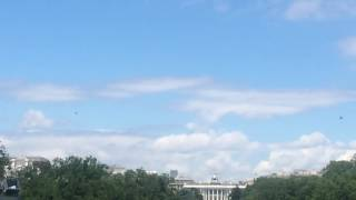 Obama and Marine One Take Off From White House. Very Cool!