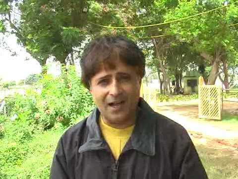 Neerav Gadhai's: Intro to Indian English and International English