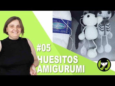 Esqueleto para halloween amigurumi 05 pies tejidos a crochet