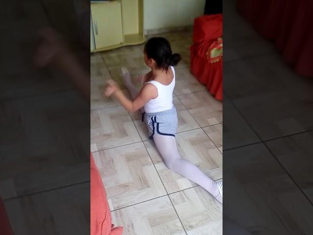 Dancando musica da sua - clipzui.com
