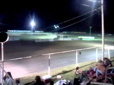 Novice Feature at GCS 4-16-2011