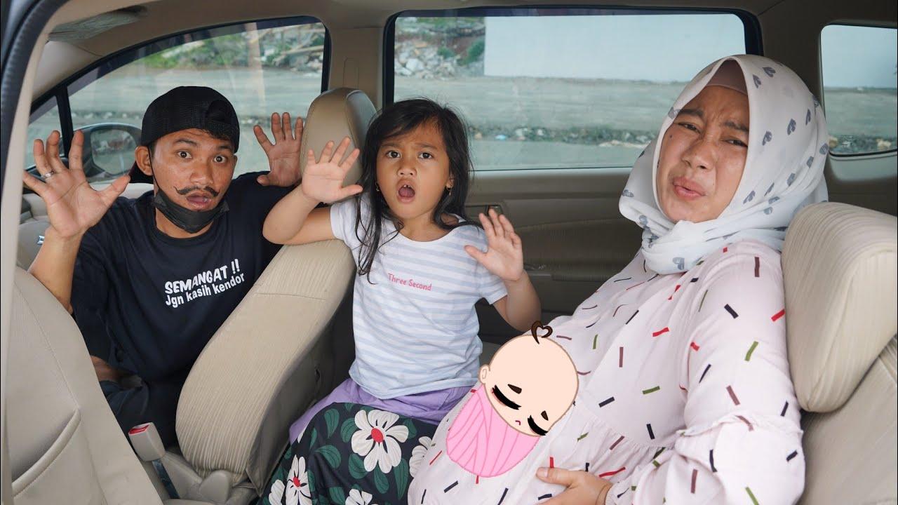 Download GAWAT IBU HAMIL MELAHIRKAN DI MOBIL GOCAR 😱 - Bermain Pecah Ballon | Salsa and family