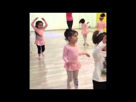 5-6 yaş grubu Bale öğrencilerimizin ilk dersleri...