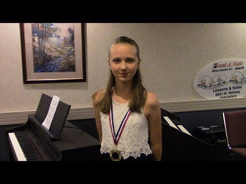 Hailey playing Hallelujah at the Sound of Music Concert 2017