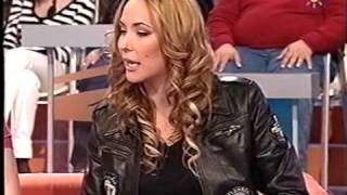 ROSARIO MOHEDANO cantando por SEVILLANAS, CON EDUARDO BANDERA Y SILVIA MEDINA