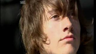 Arctic Monkeys - A Certain Romance - Live at T in the Park 2006 [HD]