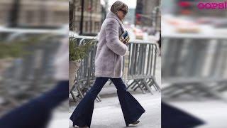 видео Джинсы клеш 2016. Как носить клешеные джинсы