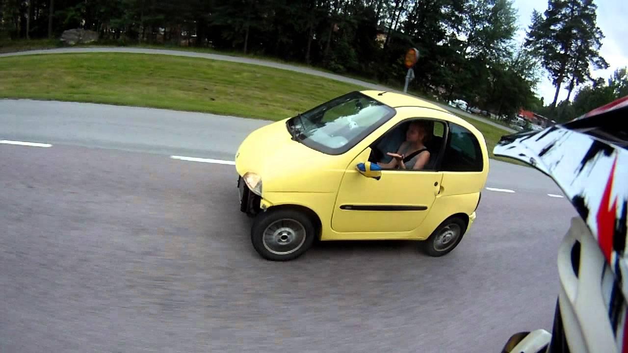 Making fun of ugly yellow \