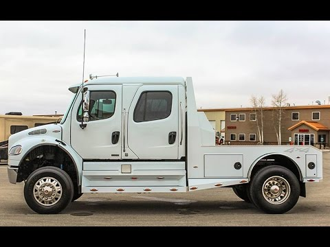 2009 FREIGHTLINER M2 106 SPORT CHASSIS 4X4 HAULER - Transwest Truck Trailer  RV (Stock #: 5U161132)