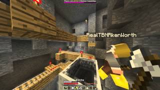 """I THOUGHT I WAS DEAD!""- MINECRAFT HUNGER GAMES/ WITH BOYFRIEND #1"