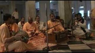 Mayapur Bhajans - Guy Gaura Chand - 5/6