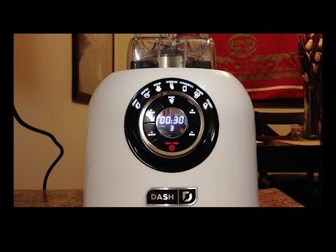 Dash Chef's Series Digital Blender vs. Vitamix Pro 500 SHOWDOWN!!