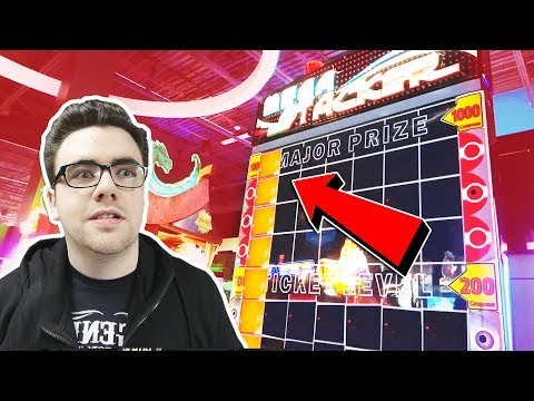 I WON FROM MEGA STACKER WITH ONE BLOCK!... || Arcade Games