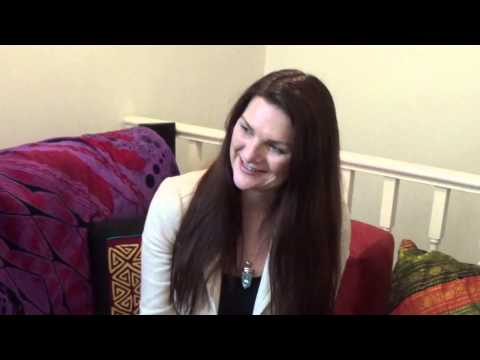 """Lorraine Flaherty, """"The Soul Detective"""" Talks To The Power Within Us About Inner Freedom Therapy"""
