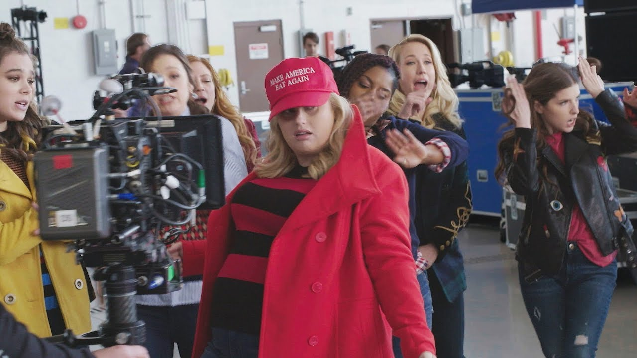 39 pitch perfect 3 39 behind the scenes youtube - Pitch perfect swimming pool scene ...