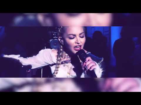 Madonna - Hallelujah (Live Met Gala Mic Feed)