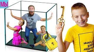 - Побег из Комнаты в Игре Escape Room ALPHA ROBLOX Яркая Мультяшная Игра Квест видео Роблокс для Детей
