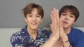 Lucas and Mark Comparing Hands [NCT V Live]