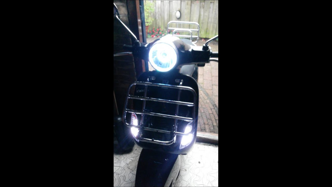vespa lx angel eye custom made headlight youtube. Black Bedroom Furniture Sets. Home Design Ideas