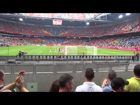 AJAX - VITESSE 10-8-2014 ( 4-1) : Spelers bedanken publiek