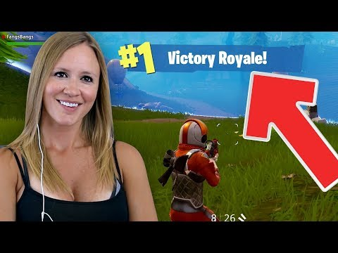 FORTNITE DUOS VICTORY ROYALE! CARRYING MY HUSBAND TO A WIN!!