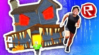 ESCAPING THE HAUNTED HOUSE!   Roblox