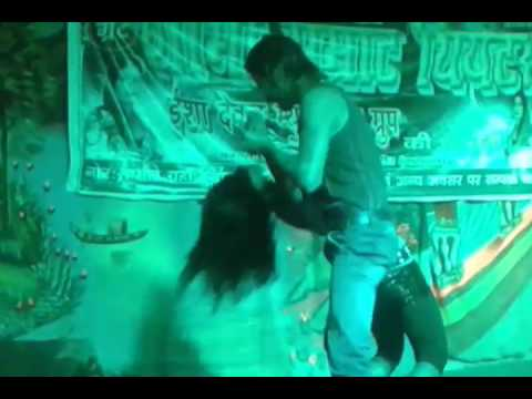 Mere sanam..Very hot stage dance