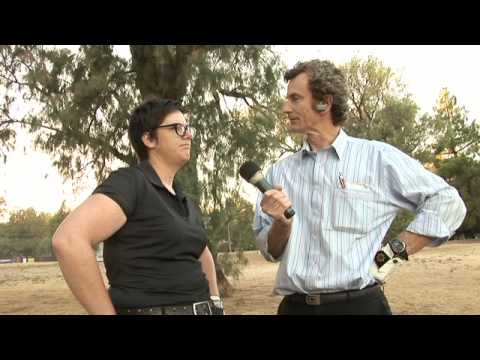 Hannah Gadsby interviewed on a golf course at 7am