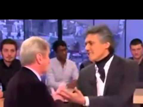 Rachid Nekkaz humilie Bernard Kouchner et la France