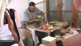 Изготовление глиняной посуды Кранево Болгария(Болгария, изготовление глиняной посуды. Поселок Кранево., 2014-10-04T11:22:17.000Z)