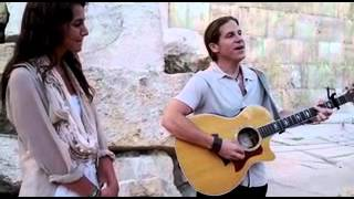 """Rick Recht and Happie Hoffman Sing """"Always"""" at Western Wall in Jerusalem"""